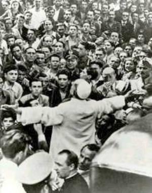Pio XII a San Lorenzo 19.7.1943, 300-380