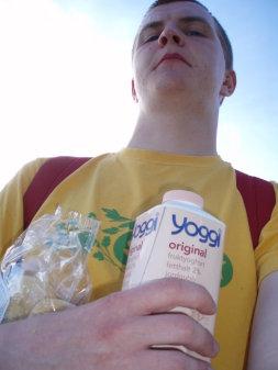 Jag, mandelkubb och youghurt